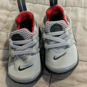 New never worn Nike 5c sneakers